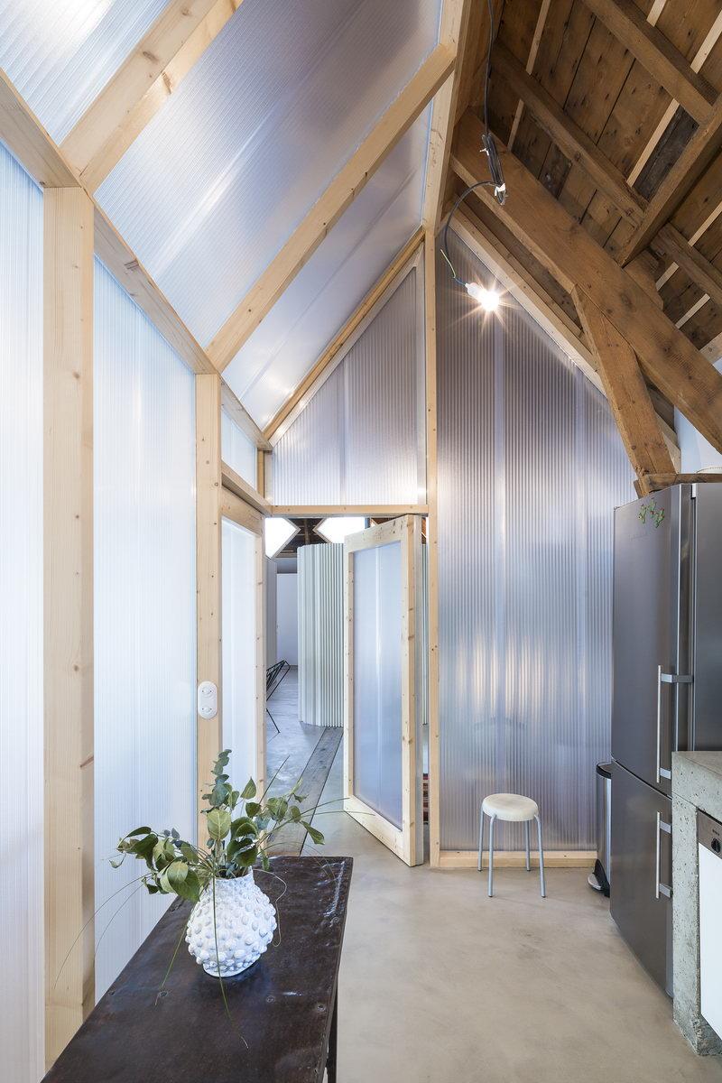 cloison polycarbonate bois 0004 l 39 atelier du tregor. Black Bedroom Furniture Sets. Home Design Ideas