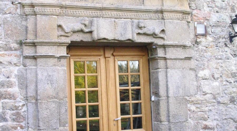 Porte d'entrée en chêne à grand-cadre